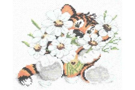 вышивка крестиком тигренок в цветках схема