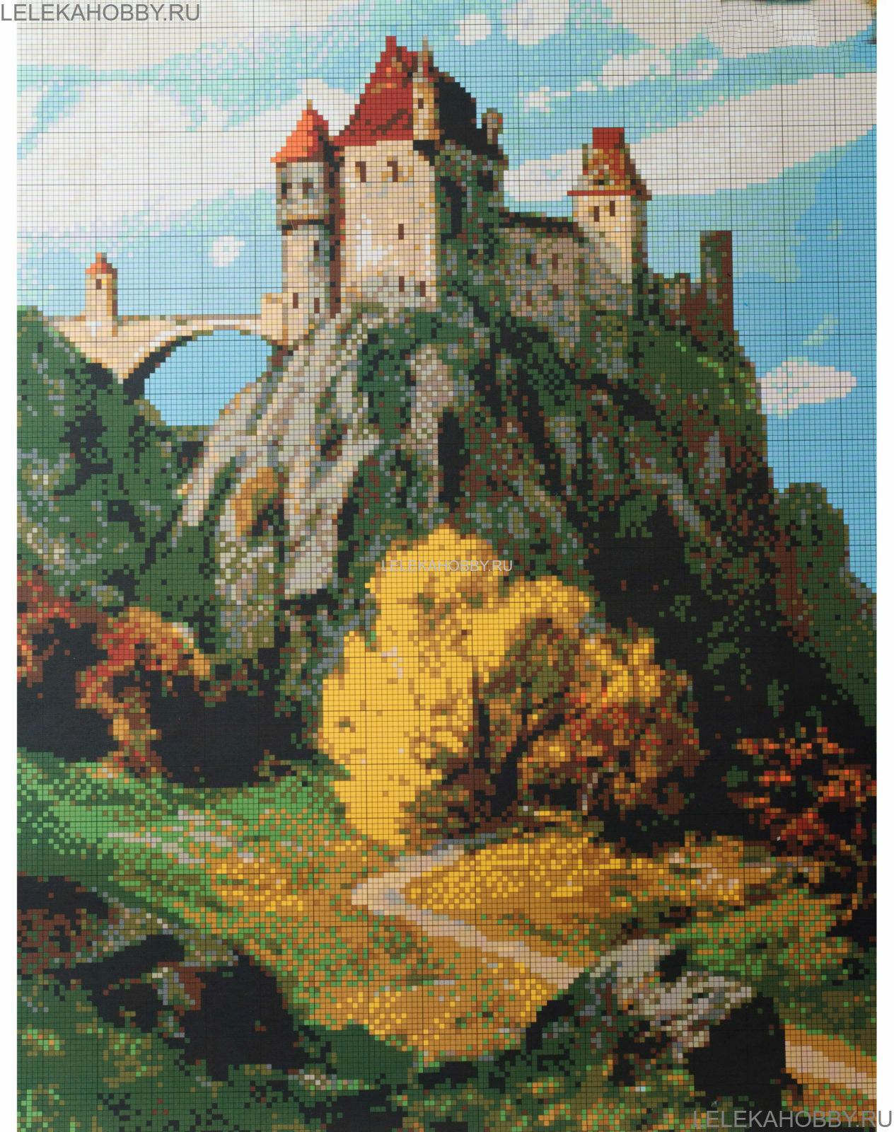Вышивка крестом горы замок